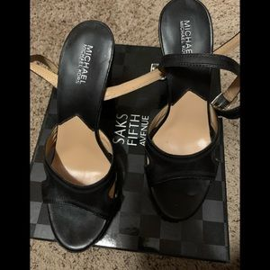 Michael Koran size 9 .5 sandals